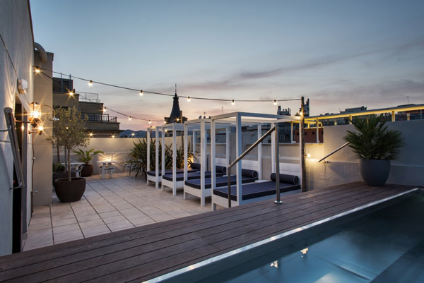 terraza hotel midmost